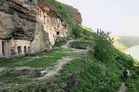 "Istoria mănăstirii stîncoase ""Ţîpova"""